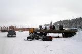 Разгрузка снегоходов (за день до выезда)