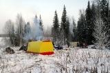 Лагерь на таёжном озере