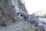 Обвал скалы на левом берегу реки Чарыш